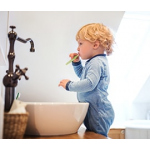 Зубная паста и щетки