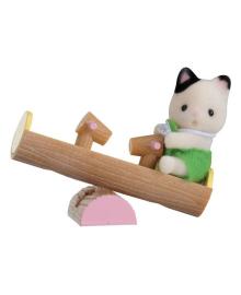 Фигурка Sylvanian Families Cat&Swing 5205, 5054131052051