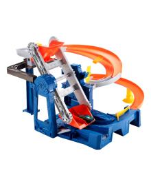 Игровой набор Hot Wheels Гонки на фабрике