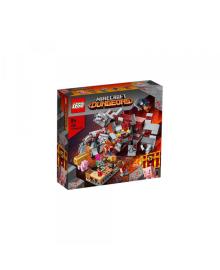 Конструктор Lego Minecraft Бой За Червонокаминь (21163)