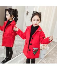 Пальто для девочки демисезонное Вышивка, красный Berni Kids 082J