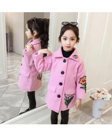 Пальто для девочки демисезонное Вышивка, розовый Berni Kids 082J