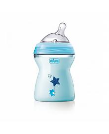 CHICCO Бутылка пластиковая Natural Feeling 250мл. соска силиконовая от 2 месяцев средний поток (голубая)