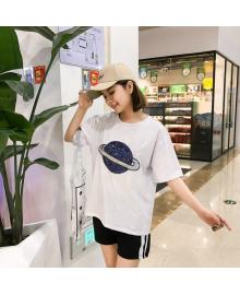 Футболка женская Сатурн, белый Berni Fashion WF-1363