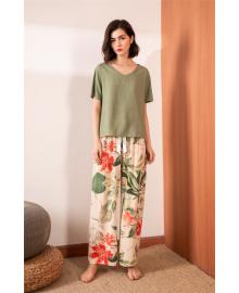 Комплект женский домашний 2 в 1 Red lilies Berni Fashion DIYAQ