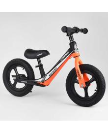 """Велобег Corso 25825 (1) колесо 12"""" надувные, магниевая рама, магниевые диски, подножка, в коробке"""
