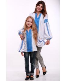Вишиванка для дівчинки Думка біла + синя вставка р. 92, 98,104, 110 BLd-308-520-O