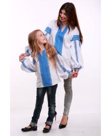 Вишиванка для дівчинки Думка біла + синя вставка р. 116, 122,128, 134 BLd-308-520-O