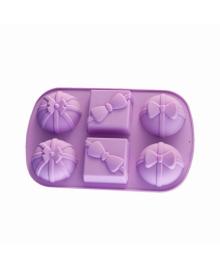Форма для выпечки Fissman Подарки лилового цвета  BW-6734.6
