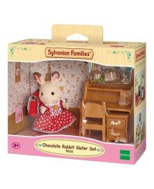 Игровой набор Sylvanian Families Сестра-кролик возле парты 5016, 5054131050163